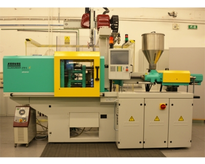 Injection molding machine - Arburg 270S